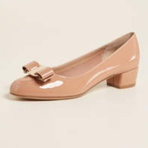 BEIGE MK Kiara Patent Leather Mid Pump